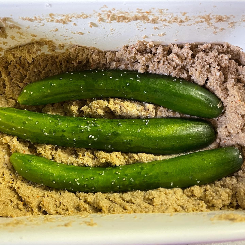 福島県産のミニきゅうりをぬか漬けにしてみました。オーストラリア産の塩で揉んでから無印のぬかどこに入れました。#福島県産 #ぬか漬け #ミニきゅうり #無印ぬか床 #手料理 #漬物 #つけもの